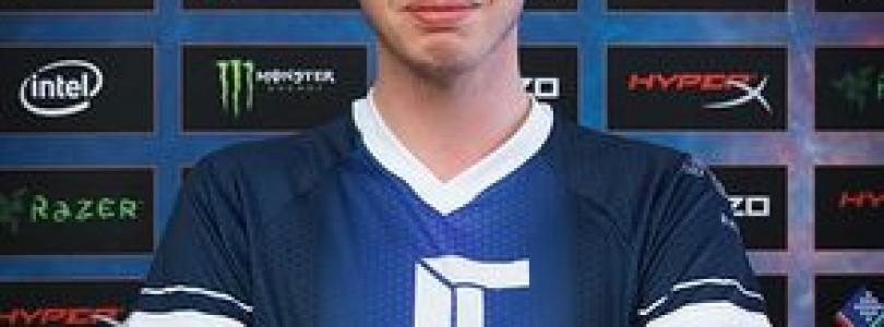 KennyS é premiado como melhor jogador de E-sports